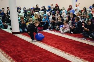 Ramazanski vozić, top i prelazak na islam najavili početak ramazana u Bihaću