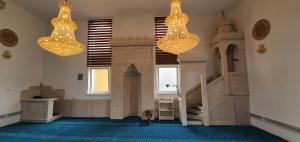 Džuma namaz u obnovljenoj džamiji u džematu Muslići-Kamenica