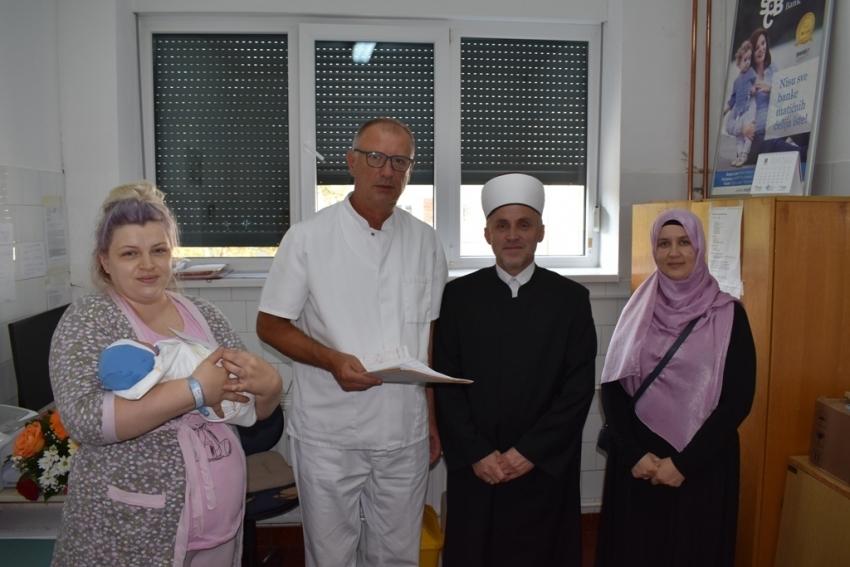Muftija bihaćki darovao prvo novorođenče u novoj 1441. hidžretskoj godini